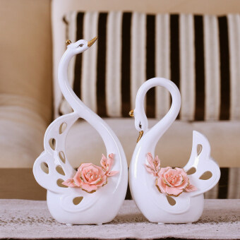 European-style wedding creative couple Swan ornaments living roomTV cabinet home entrance decorative products wedding gift practical