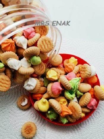 ICE GEM BISCUIT (BISKUT TIMBANG) 500GM