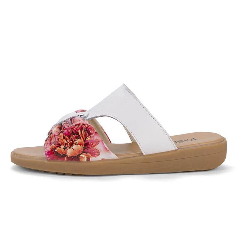 Dibuat Di Tiongkok Grosir Pabrik 2018 Desain Terbaru Sandal Wanita Penjualan Sandal Kustom-Internasional