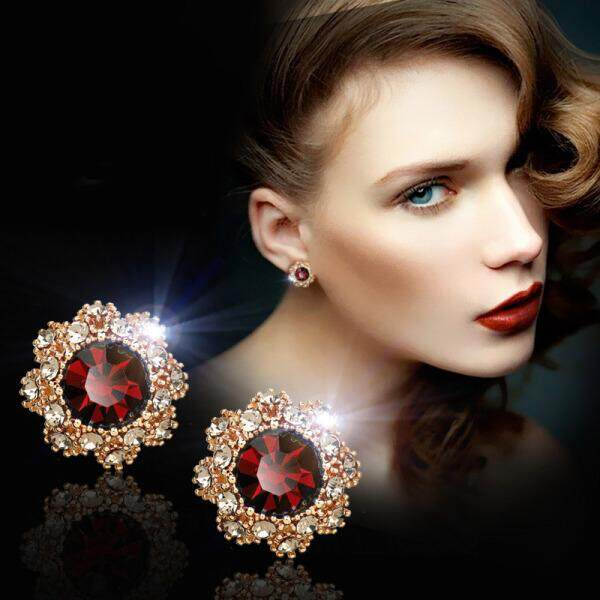 Special European and American fashion temperament earrings flowers earrings earrings women's earrings dreamlike Women's Day red ear studs weighing about 3.15g / per(Red earrings weigh about 3.15g / each) - intl