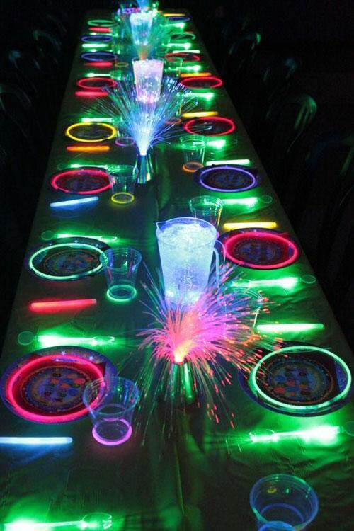 Neon-Glow-In-The-Dark-Party.jpg