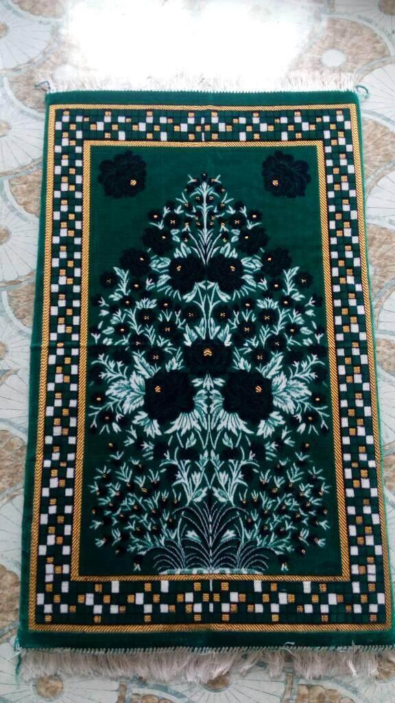 Special Ramada Sale of Sajada for Muslims prayers, Solat Sajada Made In Turkey Only Ramadan Offer