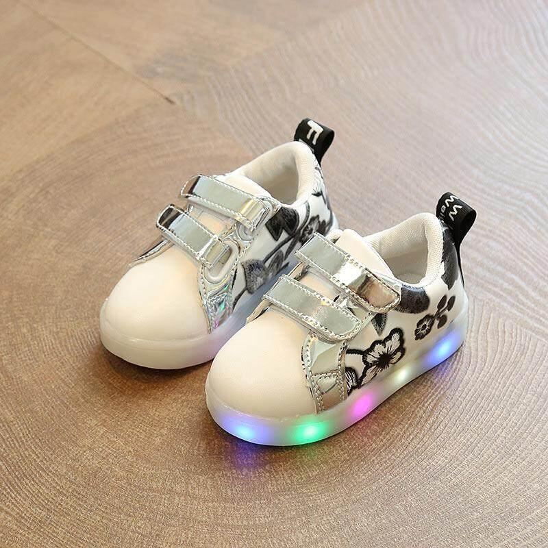 Amart Korea Modis Anak Sepatu Datar dengan LED Ringan Sulaman Perempuan Non-slip Sneakers Sepatu Kasual Pria-Internasional
