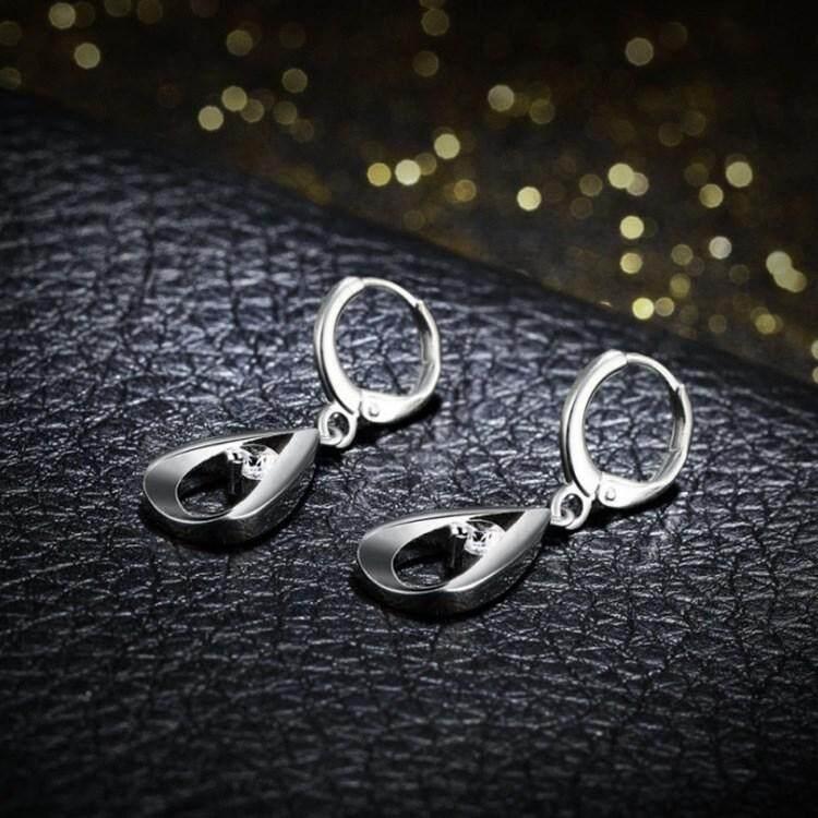 women-silverzircon-dropearrings-detail05.jpg