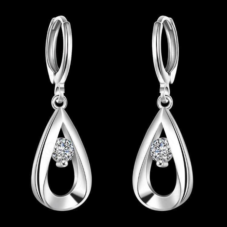 women-silverzircon-dropearrings-detail02.jpg