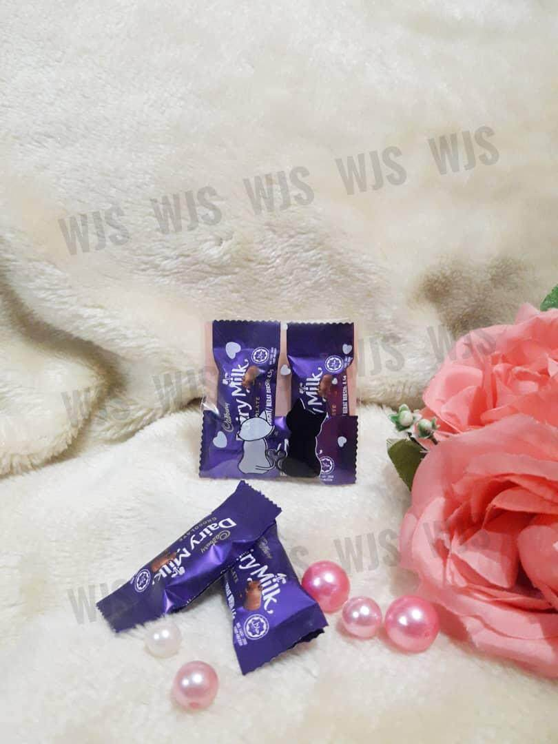 (MULTIPLE SIZES) WJS 100pcs 100 pcs 2 Cute Lovely Couple Cat Kucing Black White Kuih Raya Wrapper