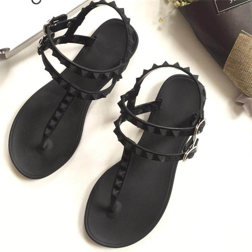 3ab9146478f9 2018 Summer New Lady Flat Sandals Female South Korean Wild Rivets Simple  South Korean Style Sandals