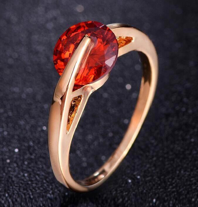 Gold dan Perak Berlapis Sepanjang Bentuk Kristal Berlian Buatan Pernikahan Simulasi Zirkon Batu Topas Ladys Modis Cincin YH156-Internasional