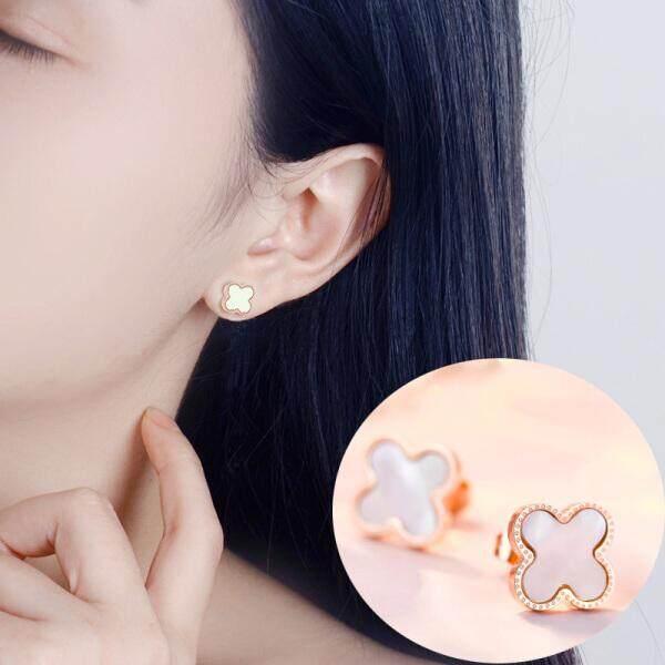 Connaught Cinta Korea Modis Mawar Emas Empat Daun Semanggi Anting Wanita Temperamen Anting-Anting Hitam Pacar Pacar Pacar Hadiah Model Putih sepasang Harga (Putih Bagian Harga) -Internasional