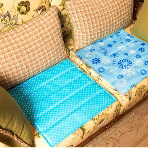 Quadrate Water Cooling Cushion Pad, Size: About 36 X 36cm, Random Pattern Delivery - intl