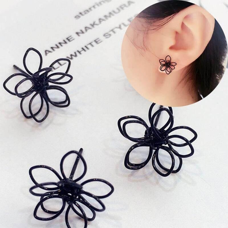 Bulgari Japanese and Korean fashion knit multilayer double three-dimensional black flower earrings female Korean version of the sweet simple temperament earrings earrings accessories - intl