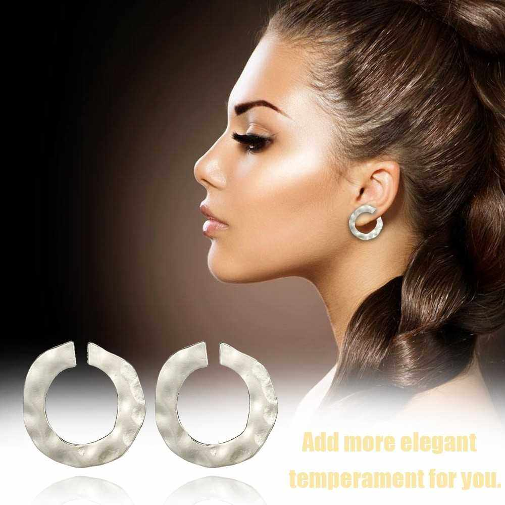 Best Selling Fashion Irregular Geometry Circular Earrings for Women and Girls Round Ear Studs Accessories with Zinc Alloy (Silver)