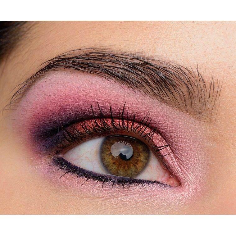 FREE GIFTColoured Raine Lovelies Eyeshadow Palette