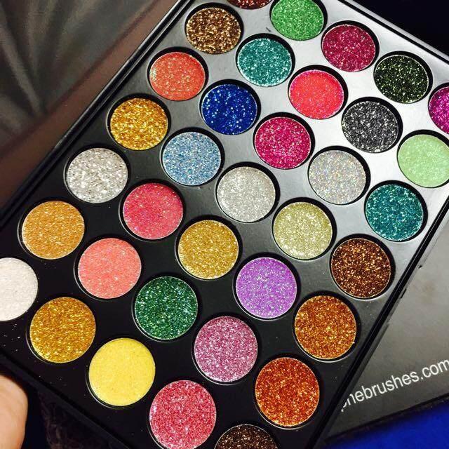 FREE GIFTMORPHE 35 Colour Makeup Glitter Eyeshadow Palette Pressed Powder Shimmer Diamond