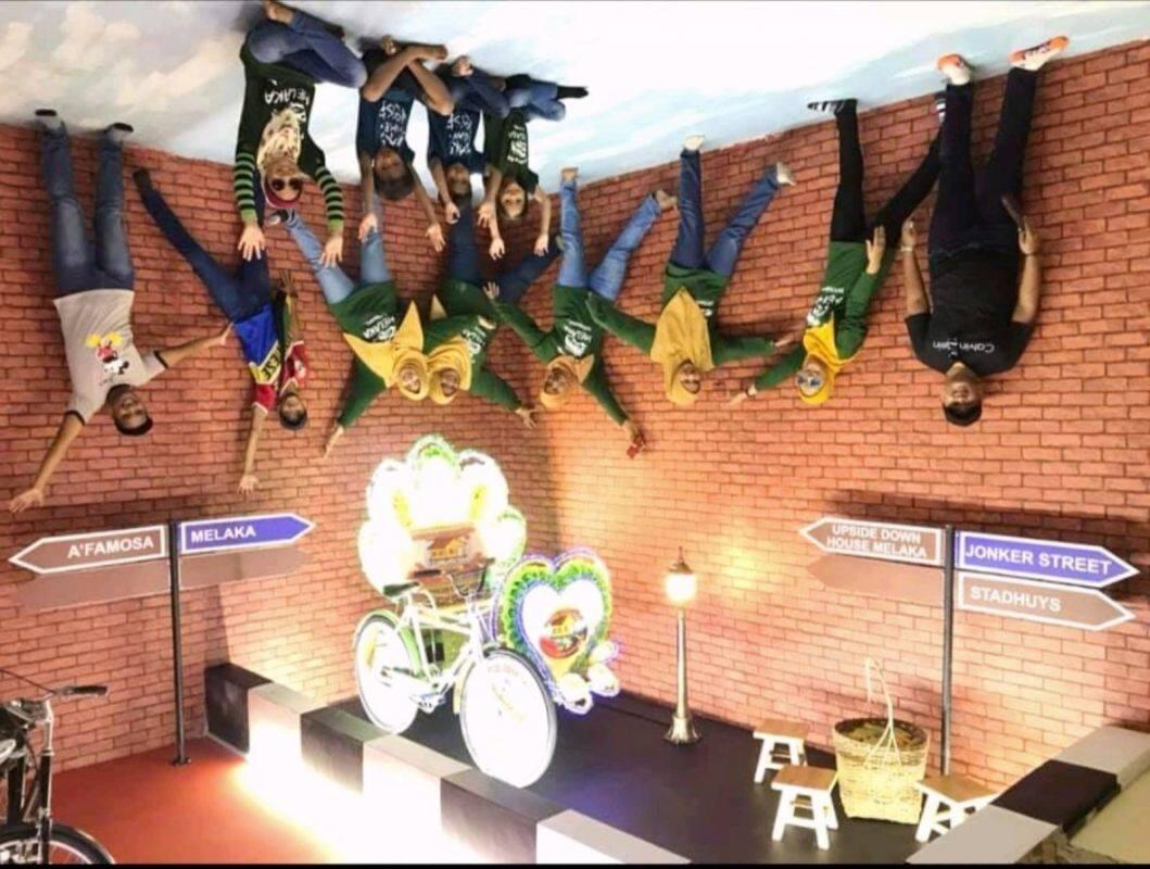 [Hotel Stay/Package] 2D1N Hatten Place FREE Upside Down Museum Entrance Ticket + Breakfast (Melaka)