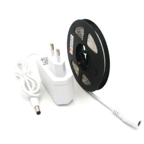 ZDM 5M 24W Non-Waterproof 2835 LED Light Strip and 12V/2A White EU Power Adapter (COOL WHITE)