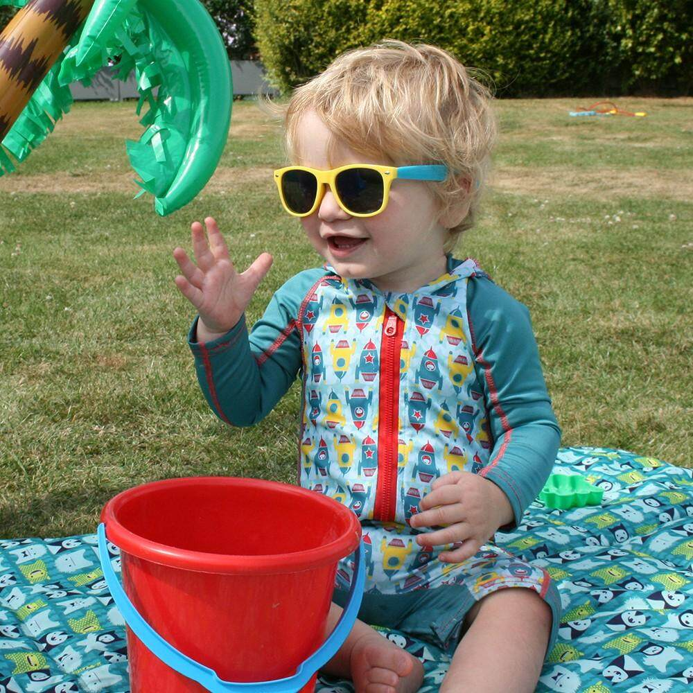 [CLOSE PARENT] Pop-in Beach All-in-one - Rocket (sized M - 12 to 18 mths) *best buy
