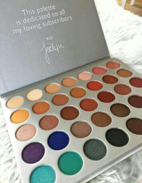 FREE GIFTJaclynn 35 Color Eyeshadow Palette
