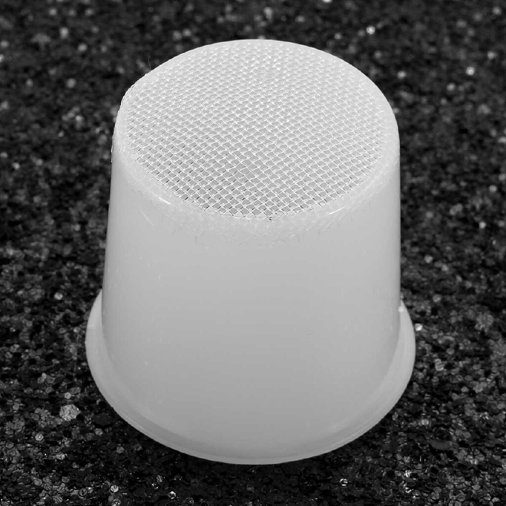 Steering, Seats & Gear Knobs - 1 Piece ABS White Nylon Mesh Cleaning Water Wiper Tank Filter Net for Chevrolet - Car Replacement Parts