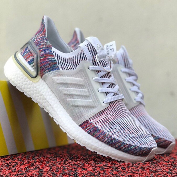 2019 Ultra 5.0 Designer Men Women Sneakers Cloud White Active Red True Pink Brand New Ultra Sport Running Shoes 36-45