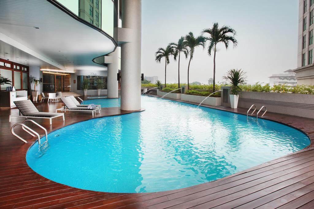 [Hotel Stay/Package] 2D1N Dorsett Hotel FREE Aquaria KLCC Entrance Ticket + Breakfast (Kuala Lumpur)