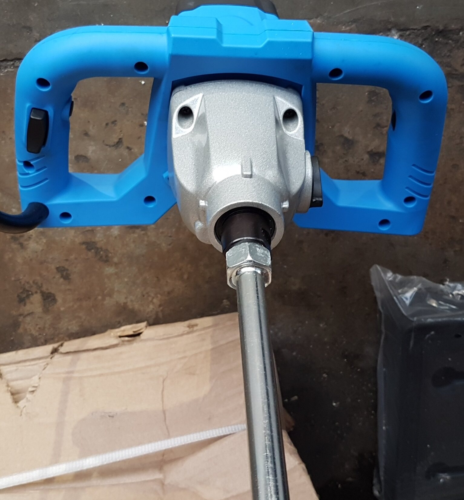 tank paint color pipe tube long joint mini electric mixer flour blower blow pump motor lift drilling grinder drill concrete sand cement mix mixing carry handle roll roller rolling adjust speed control hold holder holding power tool portable barrow tank