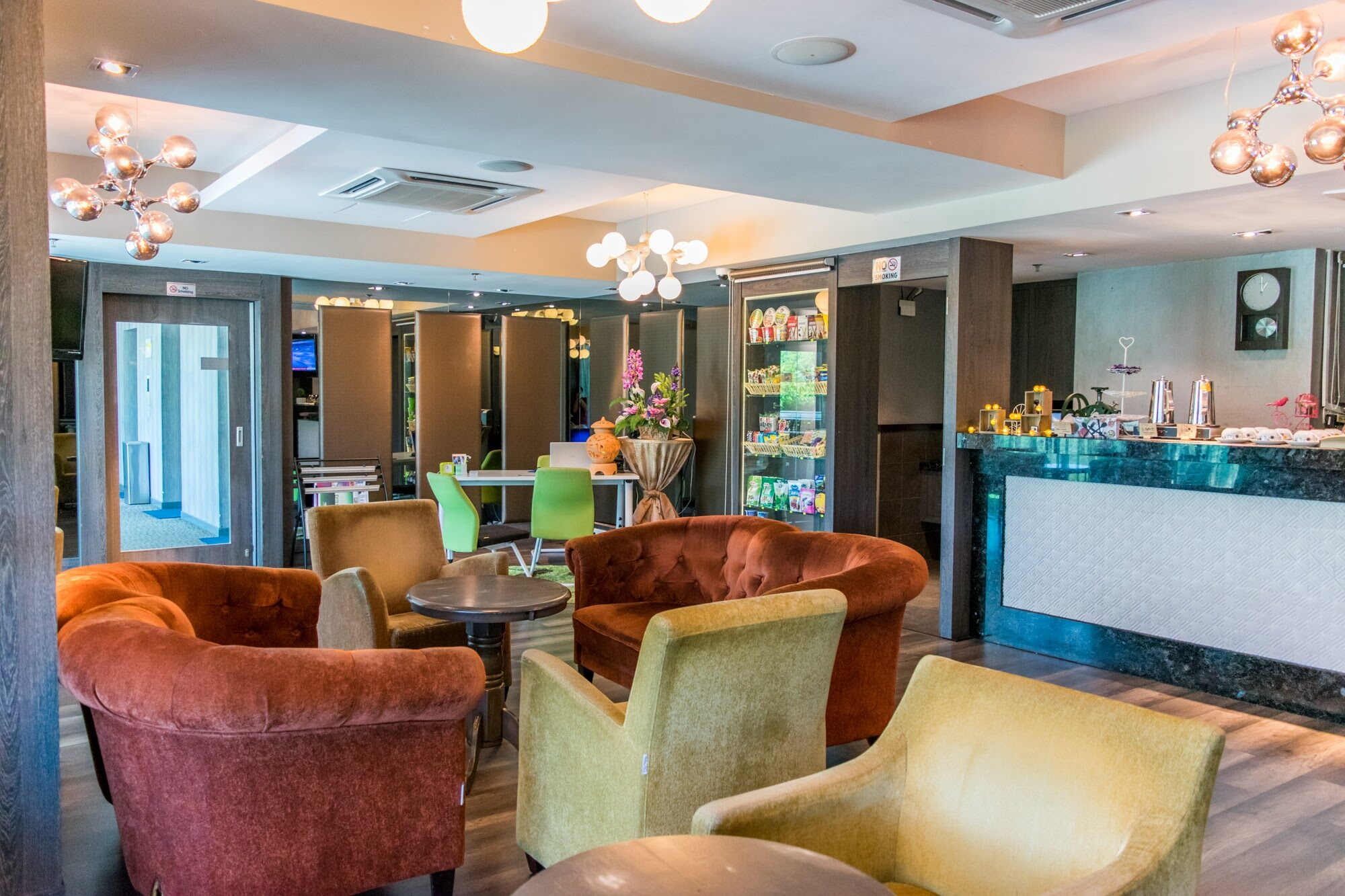 [Hotel Stay/Package] 2D1N MH Hotel Ipoh FREE Sunway Lost World of Tambun Hot Spring Night Park Entrance Ticket + Breakfast (Ipoh)