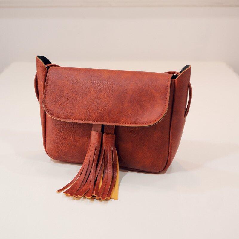 Bolster Store Korean Retro Tassel Fringe Cross-Body Bag ( Light Brown )