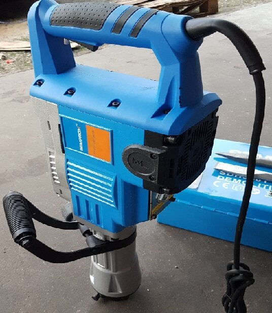 auto demo demolition hammer impact wrench torque oil power tool motor electric wire machine concrete rock stone sand wall metal stand bit drill drilling grinder shake long drive handle hold holder holding cutter vibrator high press strong set break jack