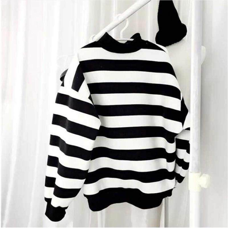 (PRE ORDER) WOMEN T-SHIRT LOOSE STRIPE PRINT DESIGN WITH LONG SLEEVE