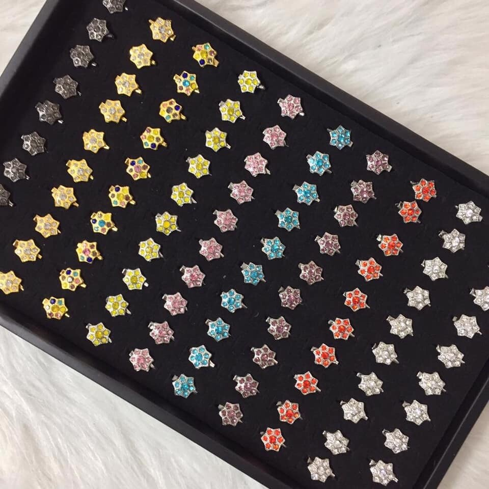 (MD68) 100PCS BABY BROOCH / KERONGSANG 7~8 DIAMOND RANDOM MIX  TYPE 1