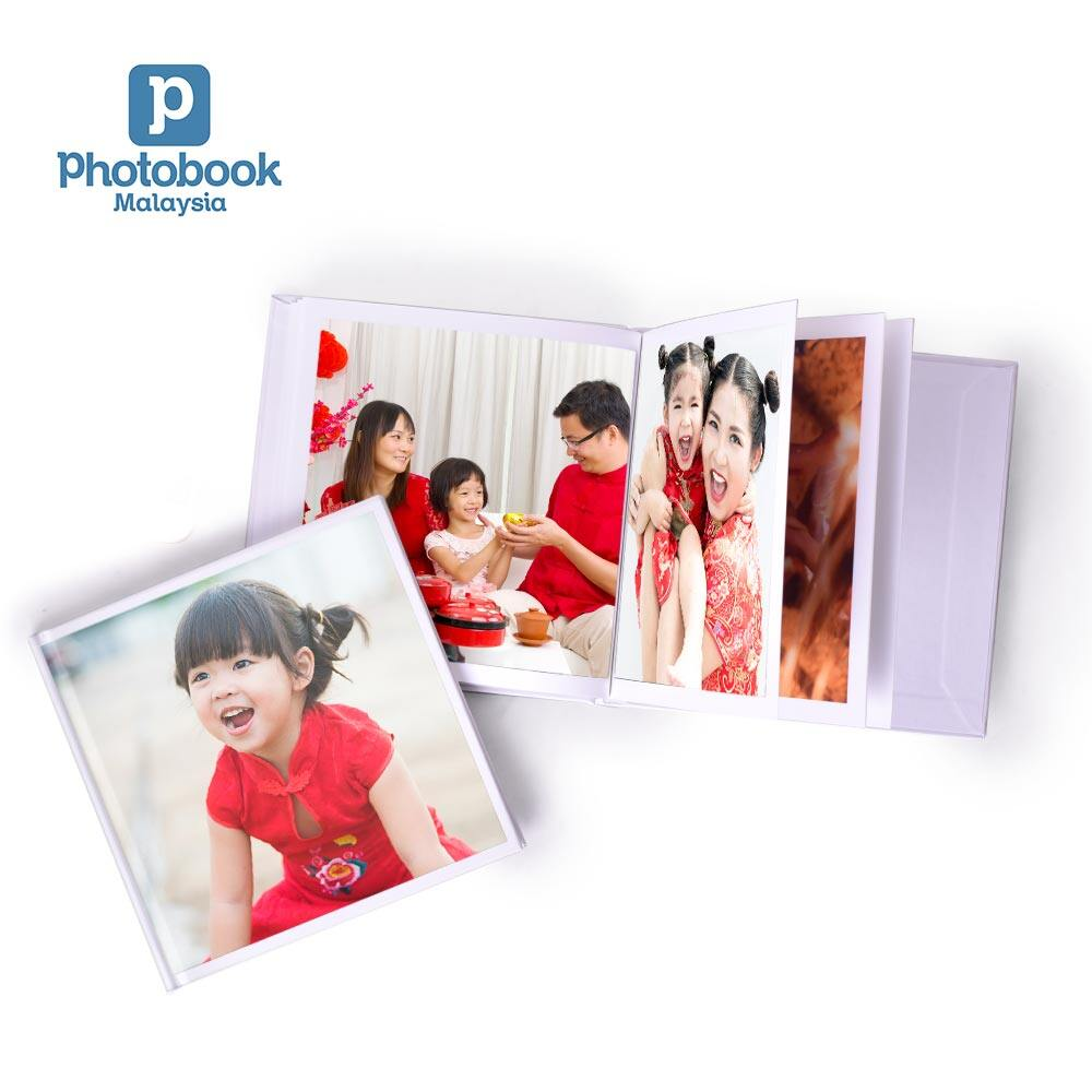 [e-Voucher] [Photobook App Exclusive!] Photobook Malaysia 20-Page Personalised 6 x 6 Hardcover Simplebook