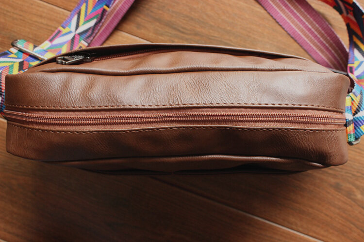 (READY STOCK) Threebox Sling Bag (Leather) with colorful strap convenience for outing bag and riding street life