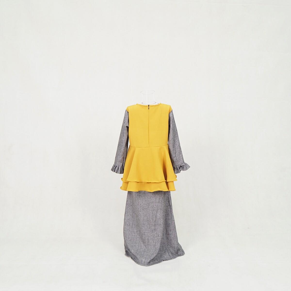 Muslim Kid Baju Kurung Kanak-Kanak Baju Raya Peplum Baju 2021 / Girls Dress / Merlene Baju Kurung Kid Girl Baby (7-12Years) / Ready Stock / Murah / Ship from Malaysia / Hot Product