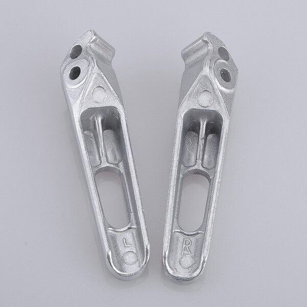 Tyres & Wheels - Rear Footrest Foot Pegs For Honda CBR600RR - Car Replacement Parts