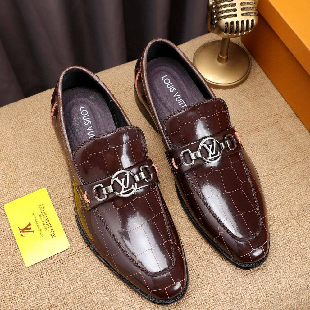LV2020 MEN'S LATEST NEW CASUAL SHOES, CALF LEATHER MATERIAL,CLOSE TOE SHAPE, BUSINESSES STYLE