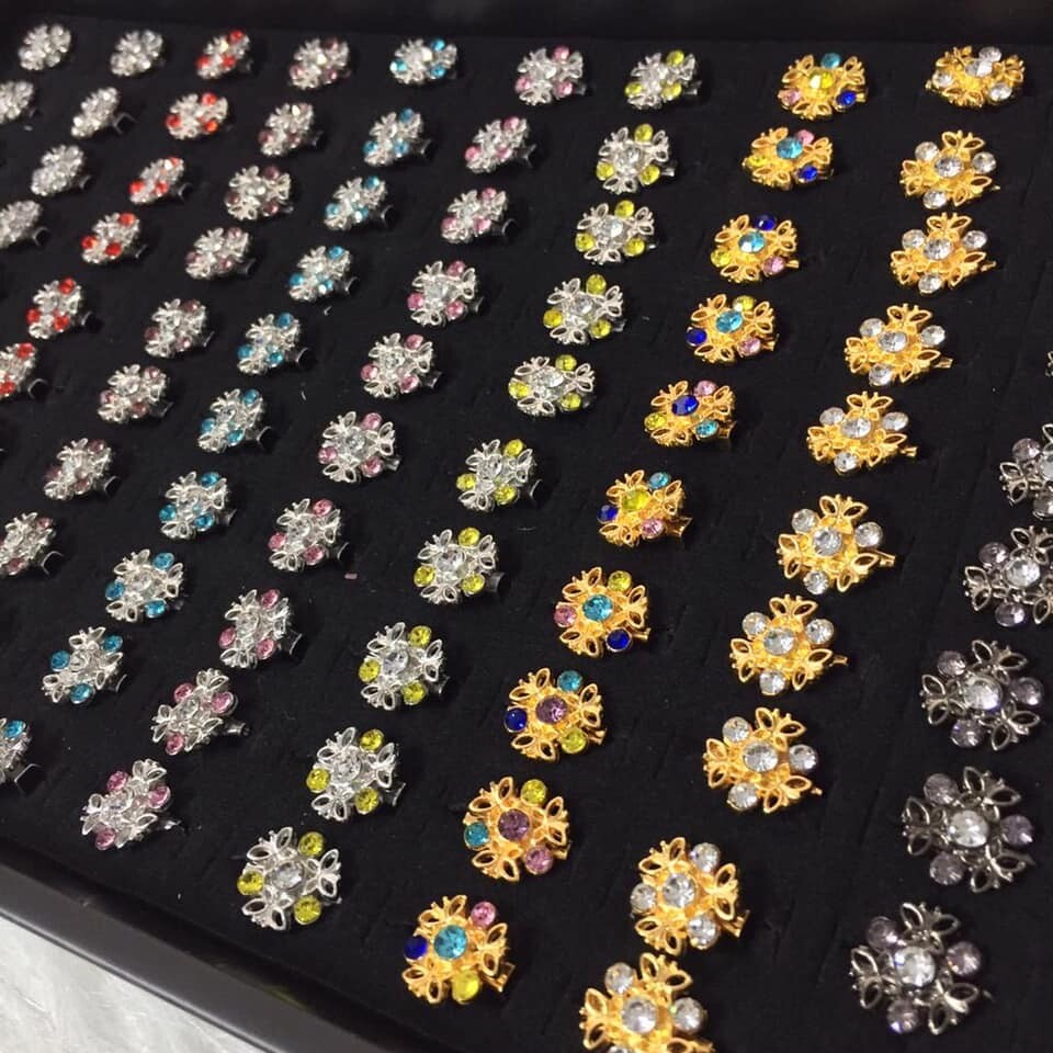 (MD67) 100PCS BABY BROOCH / KERONGSANG 4~6 DIAMONDS TYPE 1