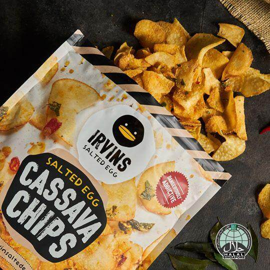 [HALAL] IRVINS Salted Egg Cassava (Small) 105g ~ READY STOCK (also available: salted egg fish skin, salted egg potato chips, hot boom spicy salted egg potato chips, hot boom spicy salted egg fish skin) snack halal, potato chips halal, salted egg snacks