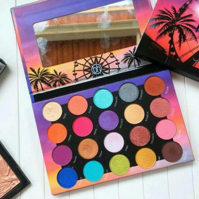 FREE GIFTBH Cosmetics Weekend Festival Eyeshadow Palette