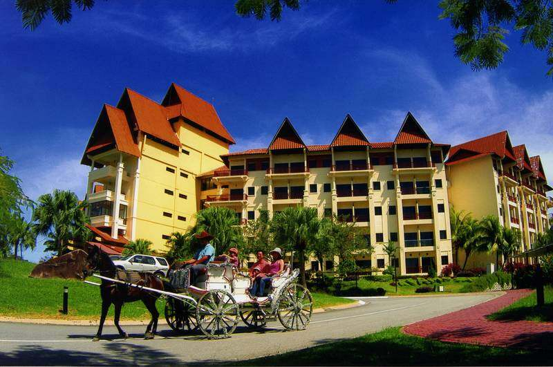 [Hotel Stay/Package] 2D1N A'Famosa Hotel FREE 2 Adults Breakfast + Packed Lunch + Water Theme Park + Old West Night Carnival Entrance Ticket (Malacca)