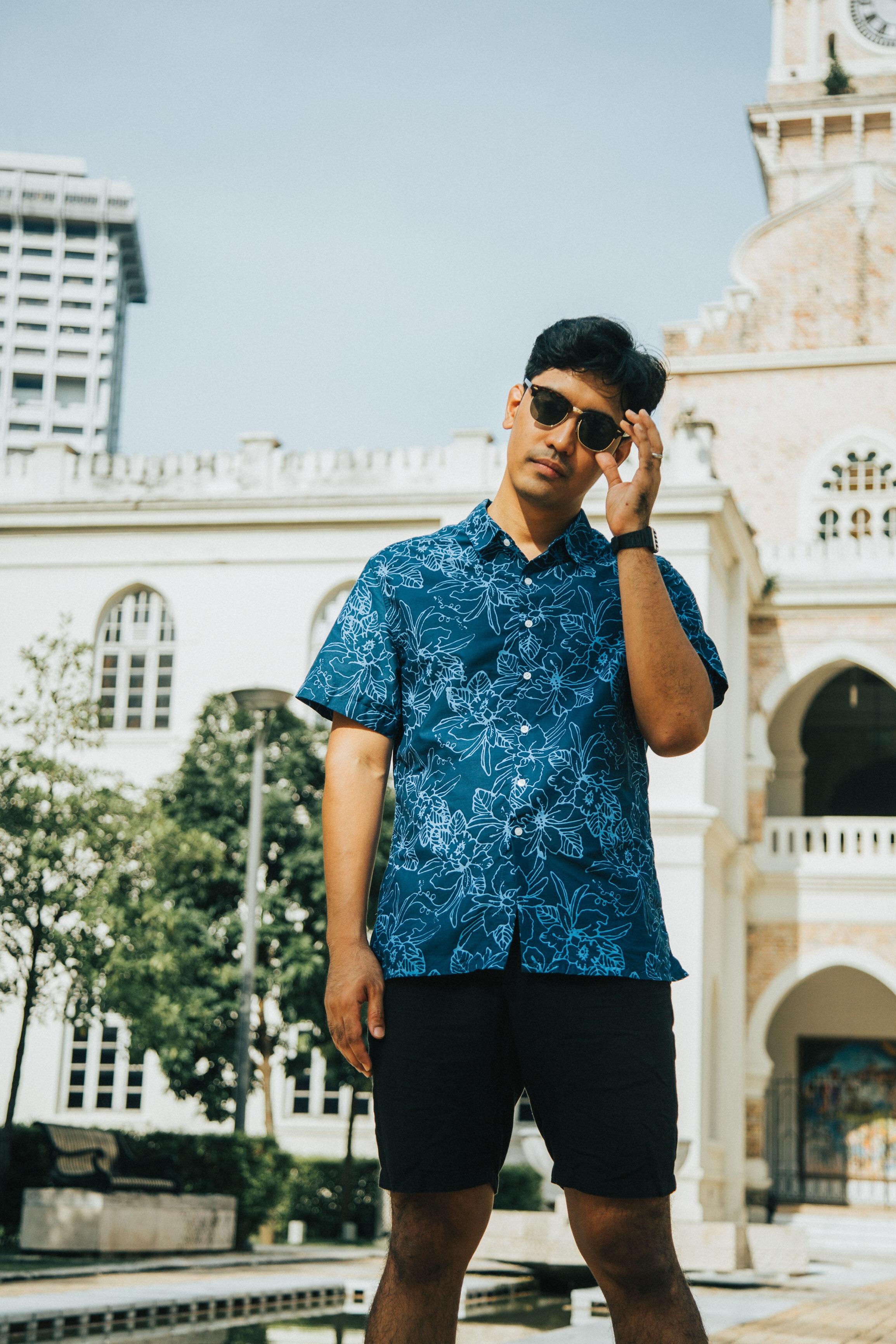 Men's Shirt Traditional Batik – Hand made batik – Malayan – Bunga raya