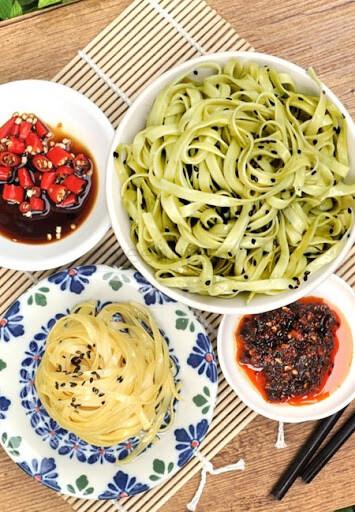 Hengs Spinach Ramen 250g