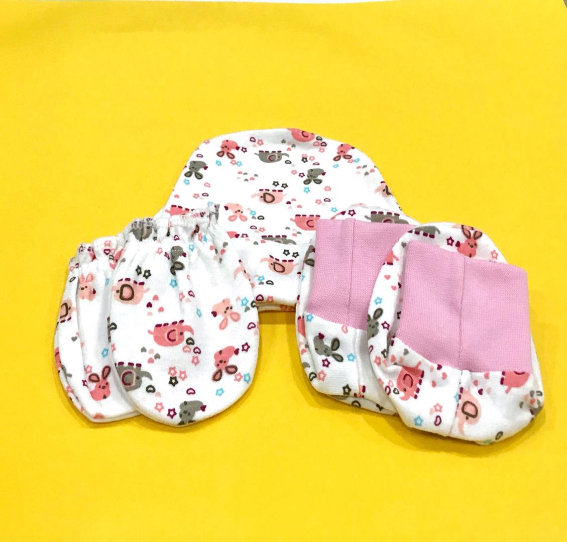 (One Set) Unisex Baby Combo - Hat, Mittens and Booties Random Design