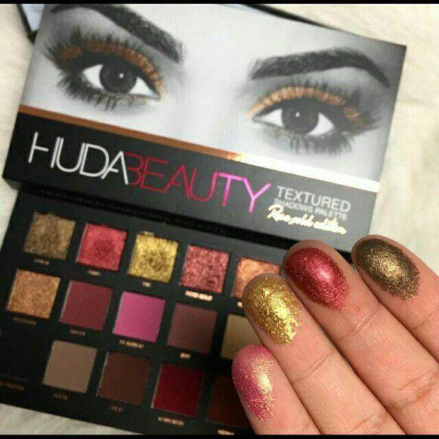 FREE GIFTRose Gold Eyeshadow Palette