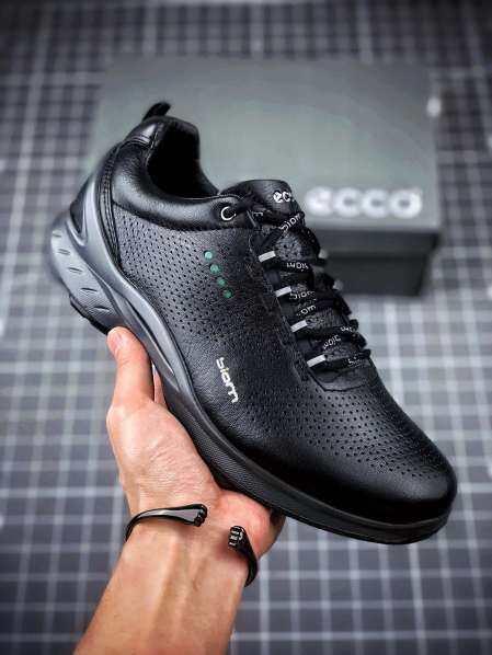 Giày Golf Của Eccomen Không Có Đinh Tán Da Golf Không Thấm Nước Thể Thao Đi Bộ Ngoài Trời Và Giày Nam Thoáng Khí Thoải Mái giá rẻ