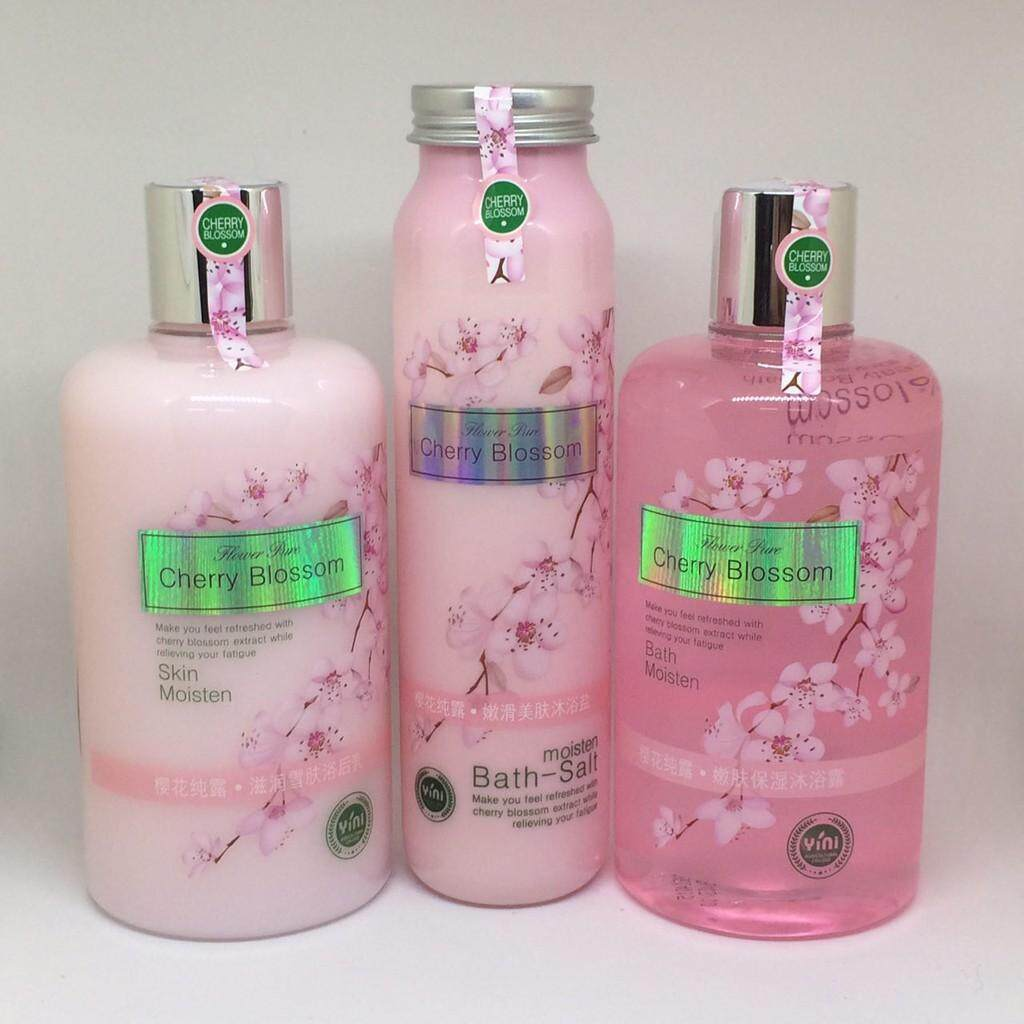 FREE GIFTCherry Blossom Set 3 in 1