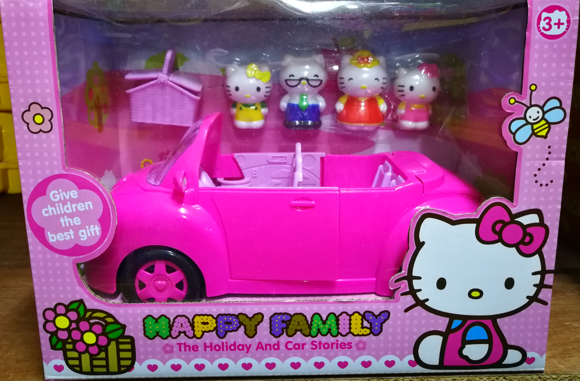 Hello Kitty The Holiday Car Series Happy Family Toys Set for girls