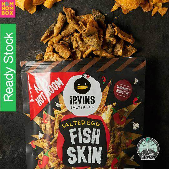 [HALAL] IRVINS Hot Boom Spicy Salted Egg Fish Skin (Small) 105g ~ READY STOCK (also available: salted egg fish skin, salted egg potato chips, hot boom salted egg potato chips) snack halal, potato chips halal, fish skin halal, gourmet snack, movie snack