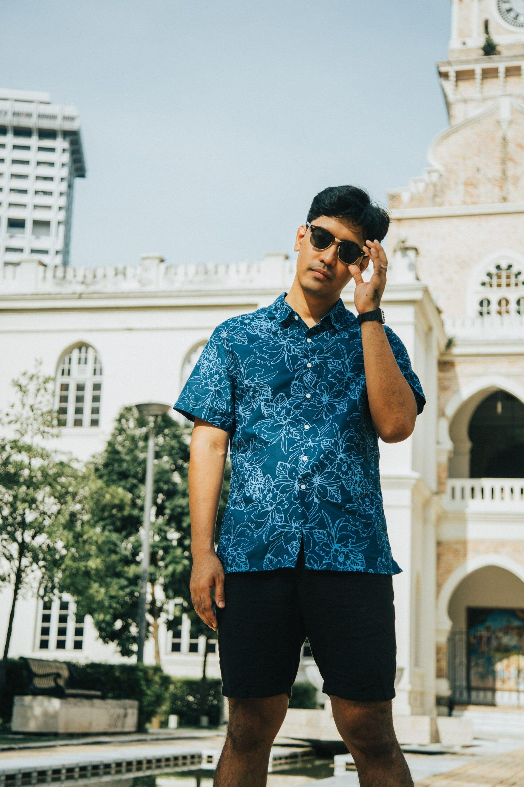 Men's Shirt Traditional Batik – Hand made batik – Malayan – Bunga raya