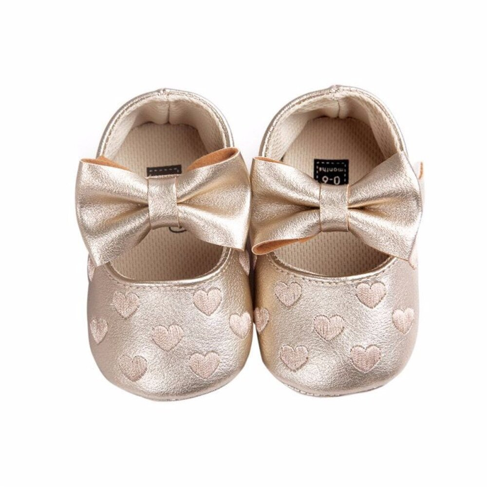 1 Pair Baby Shoes .